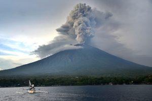 Balio oro uostas lieka uždarytas dėl vulkaninių pelenų debesies