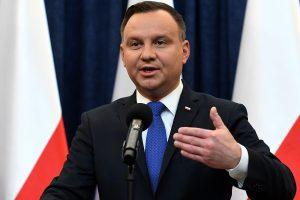 Lenkijos prezidentas pasirašė kontroversišką įstatymą dėl Holokausto vertinimo