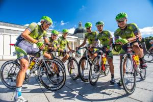 Baltijos kelią šimtai dviratininkų paminės lenktynėmis