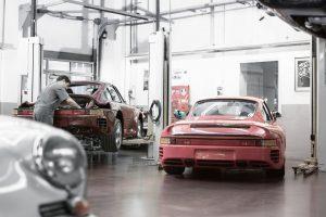 """Porsche"" centras Vilniuje laukia klasikinių automobilių"