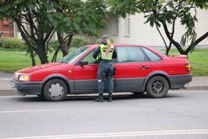Rasojantys langai išdavė vairuotojo pažeidimą