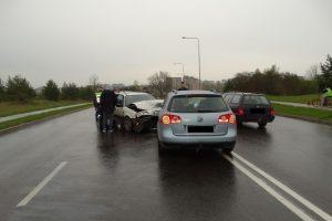 Alytuje girtas vairuotojas sukėlė avariją