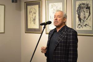 Legendinės rusų grupės įkūrėjas Vilniuje atidarė savo darbų parodą
