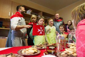 Vaikų dienos centro auklėtiniai kartu su svečiais ruošėsi Velykoms
