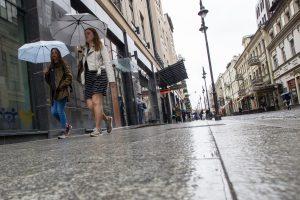 Pagaliau sutvarkyta Vilniaus gatve vėl laisvai žygiuoja pėstieji