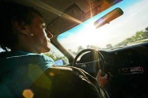 Patarimai vairuotojams prieš 40 metų: saugokitės moterų