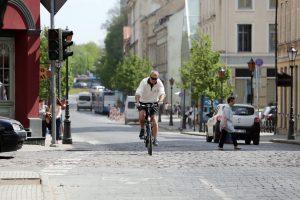 Tobulins Tiltų gatvės dviračių takus