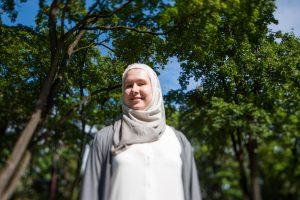Musulmone tapusi kaunietė: tai ne iš meilės vyrui