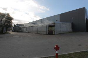 Smarve pagarsėjusioje gamykloje – gaisras