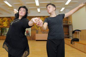 Stebuklai šokių aikštelėje ir Sankt Peterburgo gatvėje