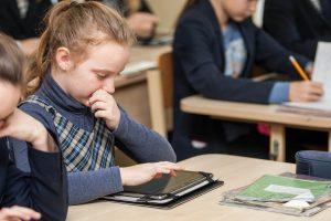 Mobilieji mokykloje – drausti ar leisti?
