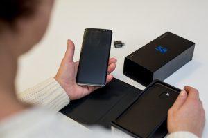 Sukčių pinklės: nauju telefonu kaunietė džiaugėsi vos mėnesį