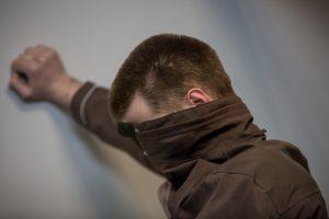 Sekso skandalo globos namuose atomazga: prievartautoją siūloma įkalinti