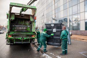 Ragina vilniečius pasitikrinti, ar nepermoka už atliekų tvarkymą