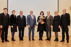 Dviem profesoriams įteiktos Kauno mokslininko premijos
