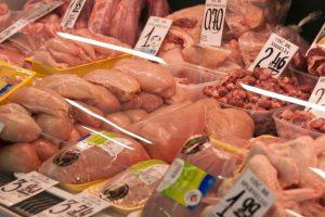 Kaip išsirinkti kokybišką mėsą turguje?
