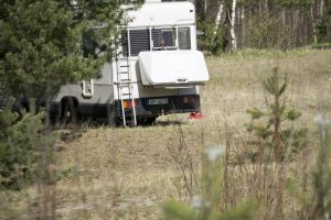 Kuršių nerijoje – turistų iš Latvijos akibrokštas
