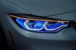 BMW ateities žibintai – kaip iš fantastikos srities