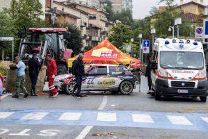 San Marino ralyje automobilis rėžėsi į minią: vienas žmogus žuvo