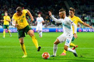 Lietuvos futbolininkai svečiuose pasidalijo po tašką su slovėnais