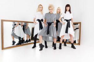 "Penki grupės ""Pop Ladies"" įvaizdžiai pagal dizainerę D. Vapsvę"