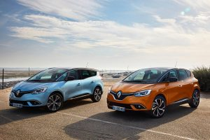 """""""Renault"""" iš naujo atranda kompaktinį vienatūrį"""