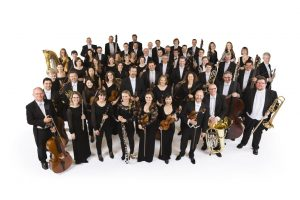 Karališkasis filharmonijos orkestras – Operos teatro scenoje