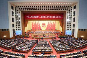 Kinija sumažino šių metų ekonomikos augimo prognozę