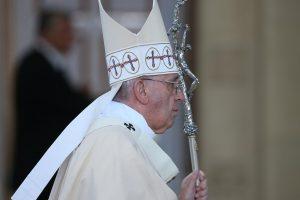 Popiežius nepaisė indėnų pykčio: pranciškonas J. Serra paskelbtas šventuoju