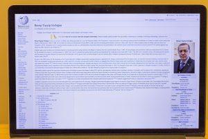 """Turkijos valdžia užblokavo prieigą prie enciklopedijos """"Wikipedia"""""""