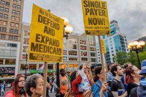 Sprendžiant dėl sveikatos reformos JAV sulaikyti 95 demonstrantai