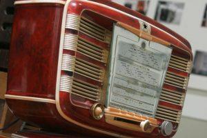Dėl neteisėtų sąskaitų už laidinį radiją – 20 tūkst. litų bauda