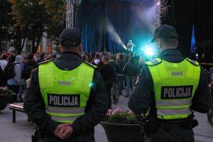 A.Butkevičius mano, kad policijos darbas pagerės padidinus finansavimą