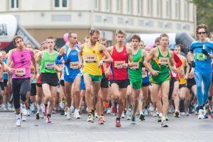 Vilniaus maratono organizatoriai džiaugiasi oru: ši vasara bėgimui ideali