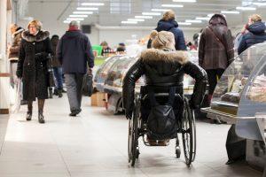 Neįgaliesiems – nemokami automobilių statymo trečiadieniai Kalvarijų turguje