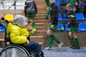 Nuo mirties pabėgęs futbolininkas M. Gudaitis prašo padėti sergančiam vaikui
