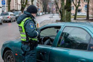 Rytinis reidas: Kauno policiją nustebino nedrausmingi vairuotojai