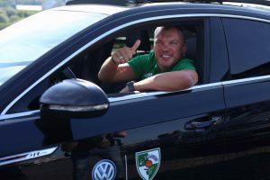 """Žalgiriečiams įteikti """"Volkswagen"""" automobilių rakteliai"""