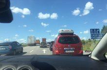 Tragedija Šilalės rajone: BMW susidūrus su sunkvežimiu žuvo latvė