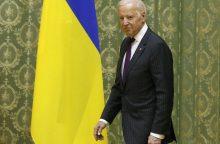 JAV viceprezidentas J. Bidenas atvyko į Kijevą