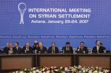 Sirijos sukilėliai ir vyriausybė pradeda taikos derybas