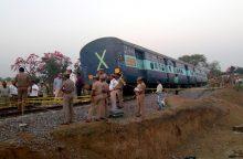 Indijoje per traukinio avariją sužeisti 38 žmonės
