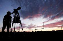 Milijonai žmonių plūsta į JAV miestus stebėti visiško Saulės užtemimo