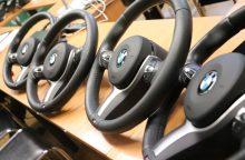 Kaune pareigūnai konfiskavo didelį kiekį vogtų BMW detalių