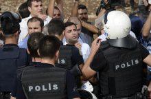 Turkijos oro uoste per konfliktą sužeisti du pareigūnai