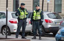 Vilniuje prie kavinės pašautas vyras: policija intensyviai ieško vieno įtariamųjų