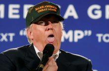 """D. Trumpas pelnė """"Auksinę avietę"""" kaip blogiausias aktorius"""