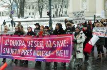 Moterų organizacijos ragina Seimą ratifikuoti Stambulo konvenciją