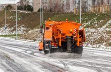 Lijundra apsunkino eismo sąlygas Vilniuje: gali vėluoti miesto transportas