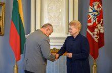 Vokietijos sausumos pajėgų vadui – Lietuvos valstybinis apdovanojimas